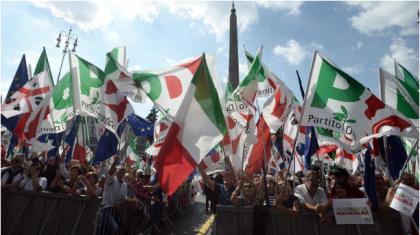 """Martina: """"Questa piazza è per l'Italia"""". Unico assente: Emiliano !"""