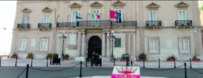 La faida interna alla maggioranza blocca l'attività amministrativa del Comune di Taranto