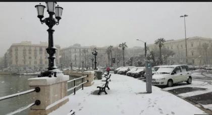 Maltempo: la neve blocca tutta la Puglia