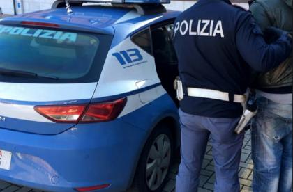 Calcio.  arrestati tre tifosi ultras del Bari Calcio che preparavano agguato contro il Taranto