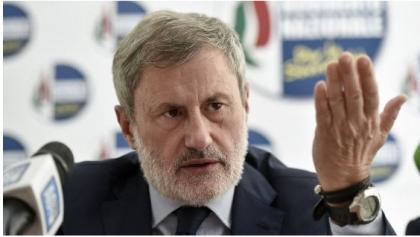 """Gianni Alemanno condannato a sei anni per corruzione e finanziamento illecito per l'inchiesta """"Mafia Capitale"""""""
