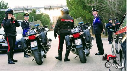 """""""Alto impatto"""": Controlli dei Carabinieri a garanzia della disciplina e della legalità nelle strade di Taranto"""
