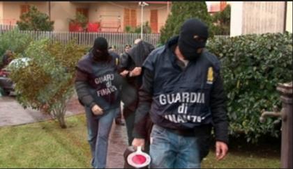 """ESCLUSIVA. I nomi degli arrestati a Taranto per corruzione. Trema il """"Palazzo"""" della politica"""