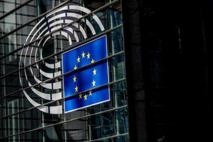 Sondaggio Europee 2019 : 7 neomaggiorenni su 10 andranno a votare
