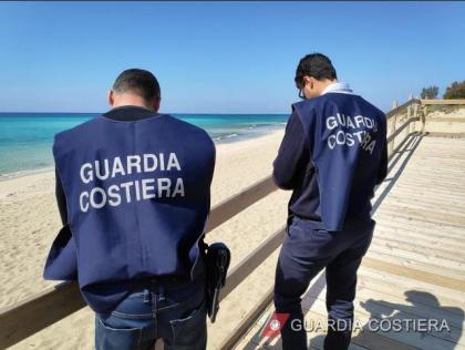 Dirigenti e funzionari del Comune di Taranto denunciati. La Guardia Costiera sequestra stabilimento balneare