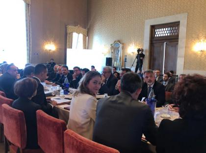 """Taranto: l'ingegneria della drammatizzazione. Il ministro della salute  Grillo: """"I cittadini abbiano sempre più informazioni epidemiologiche."""""""