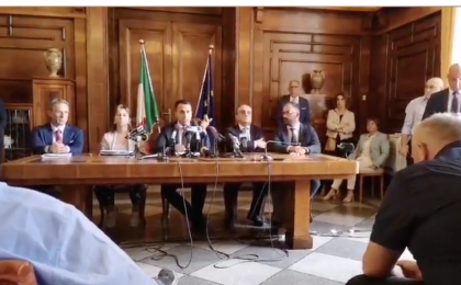 La conferenza stampa del Tavolo Istituzionale per Taranto con i ministri a 5 stelle