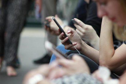 Il Consiglio di Stato respinge i ricorsi delle compagnie telefoniche: illegali le bollette a 28 giorni, ora scatta la restituzione agli utenti