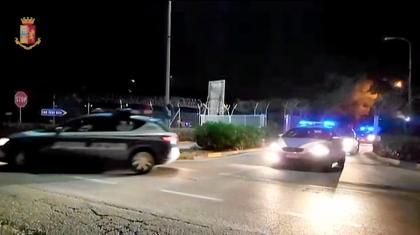 """Operazione """"Dirty Money"""" la Polizia di Stato esegue otto ordinanze per usura, estorsione e rapina"""