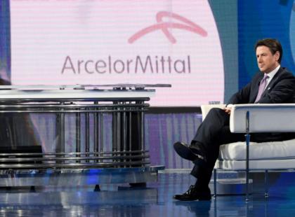 Il Governo a Mittal: prima l'accordo sugli esuberi, e dopo lo scudo