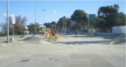 """In Puglia chiudono cimitero e parchi per il  forte vento. Il litorale di Taranto invaso dalla sabbia. Al Nord """"esplosione"""" di Pm10"""