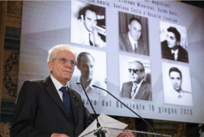 Mattarella ricorda i magistrati uccisi