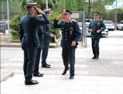 VISITA ISPETTIVA DEL GEN. MATTANA COMANDANTE REGIONALE PUGLIA ALLA  COMPAGNIA DI TARANTO.